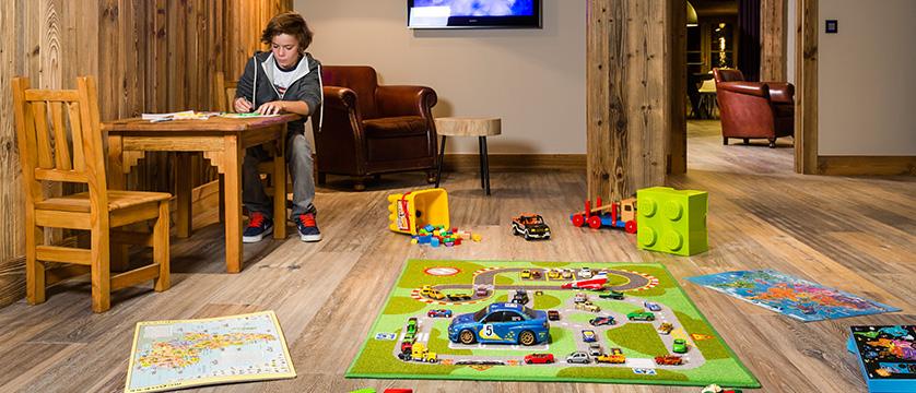 Kandahar play room